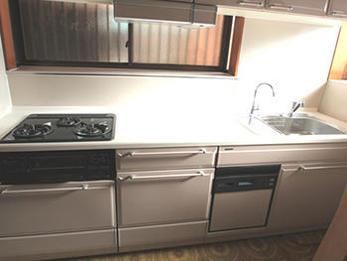 収納が増えて快適なキッチンになり大満足です。