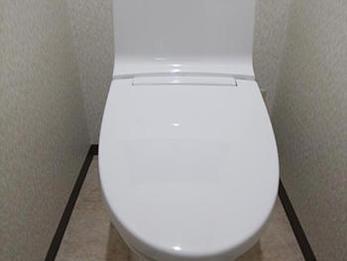 トイレが明るくきれいになりました。