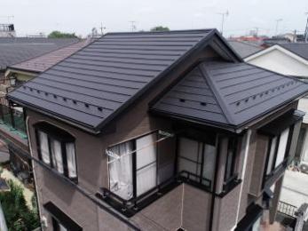 丈夫で美しさ長持ち、屋根カバー工法リフォーム。